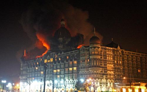 Attackers have hit several targets in the Indian city of Mumbai, including the landmark Taj Mahal hotel [AFP]