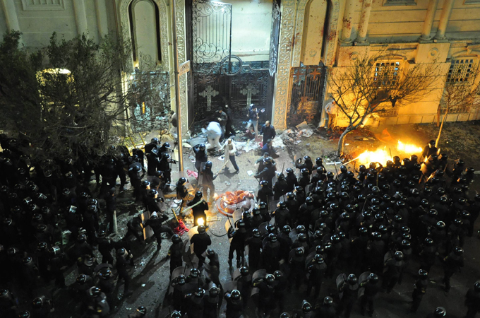 मिस्त्र में चर्चों पर आतंकी हमले, 36 मरे, 140 घायल