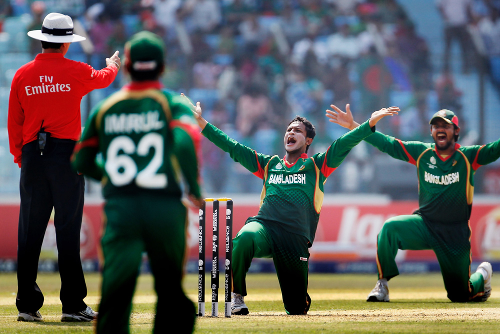 After their win over England, Bangladesh take a step closer to the quarter-finals as they beat the Netherlands in Chittagong on Monday [GALLO/GETTY]