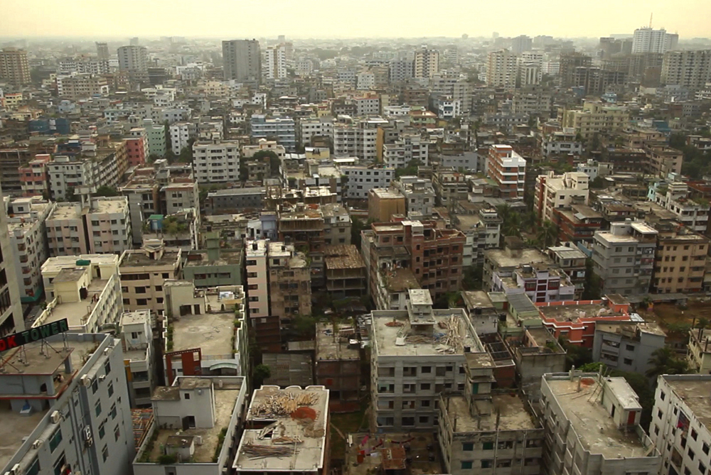 The city of Dhaka is surrounded by water, but it is so polluted that very little of it is drinkable [Orlando de Guzman and Andrew Marshall]