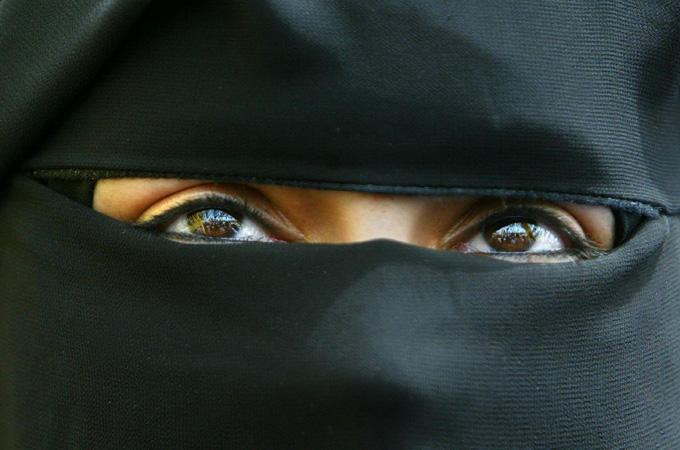 should the islamic face veil be The symbol veil in muslim women religion essay  no muslim woman can embody the face of islam any insight to wearing a veil does not account  islamic regions.