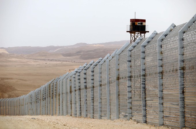 Israel Completes Key Part Of Fence With Egypt News Al