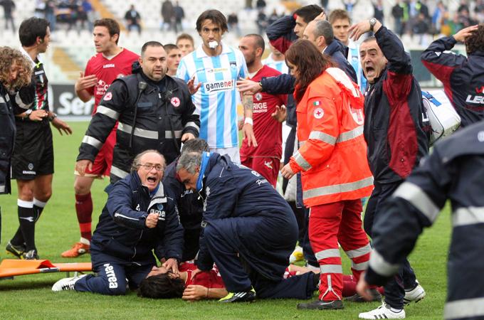 Heart attack on pitch kills Italian player | News | Al Jazeera