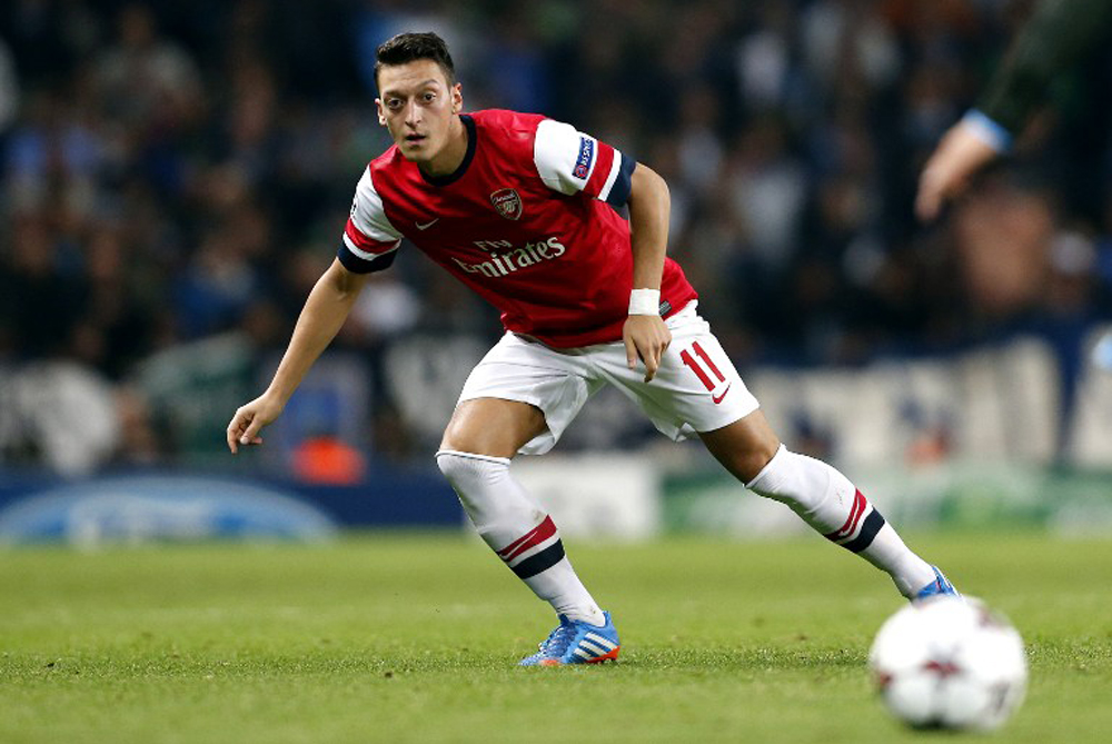<p>Arsenal(***)s playmaker Mesut Ozil oozed class in the London club(***)s 2-0 victory over Napoli. The youngster has impressed since his big-money move from Real Madrid last month [AFP]</p>