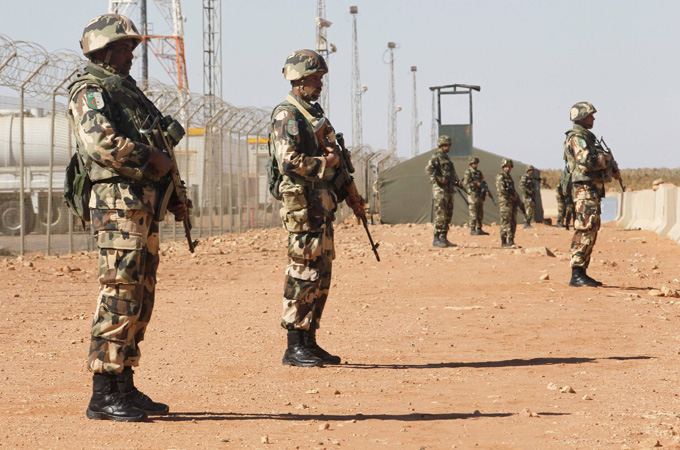 Algeria beefs up army presence on Mali border - Al Jazeera ...