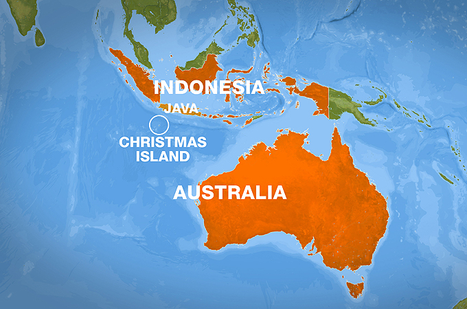 Australian navy rescues distressed boat | News | Al Jazeera