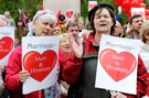 UK moves closer to legalising gay marriage