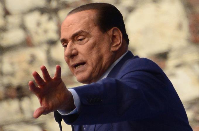 UE treme diante de loucura política na Itália