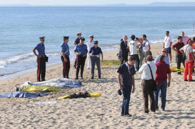 Six migrants die on way to Sicily