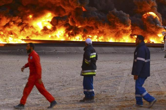 Fire spreads at Libyan oil terminal thumbnail