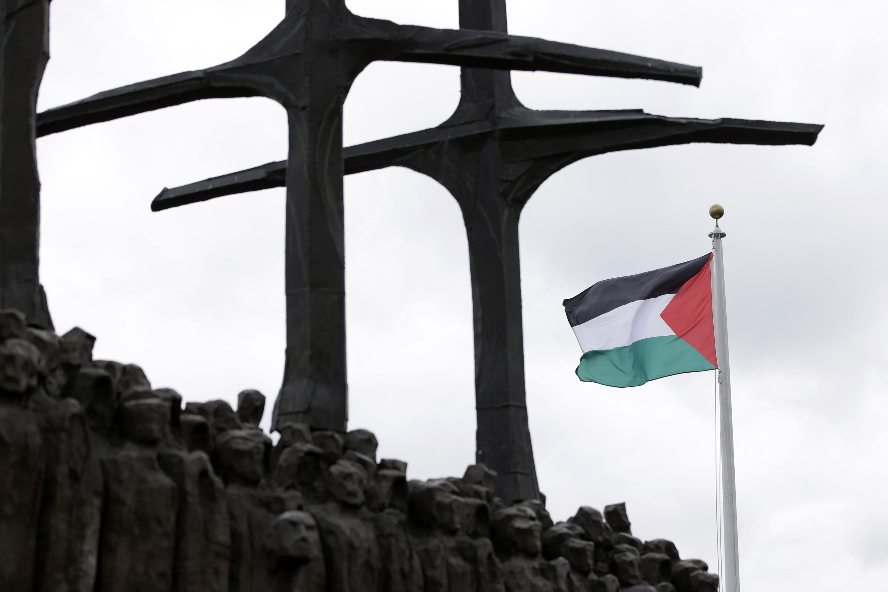 The UN recognised Palestine as a state with non-member status and permitted it to raise its flag outside the UN for the first time on Wednesday. [Seth Wenig/AP]