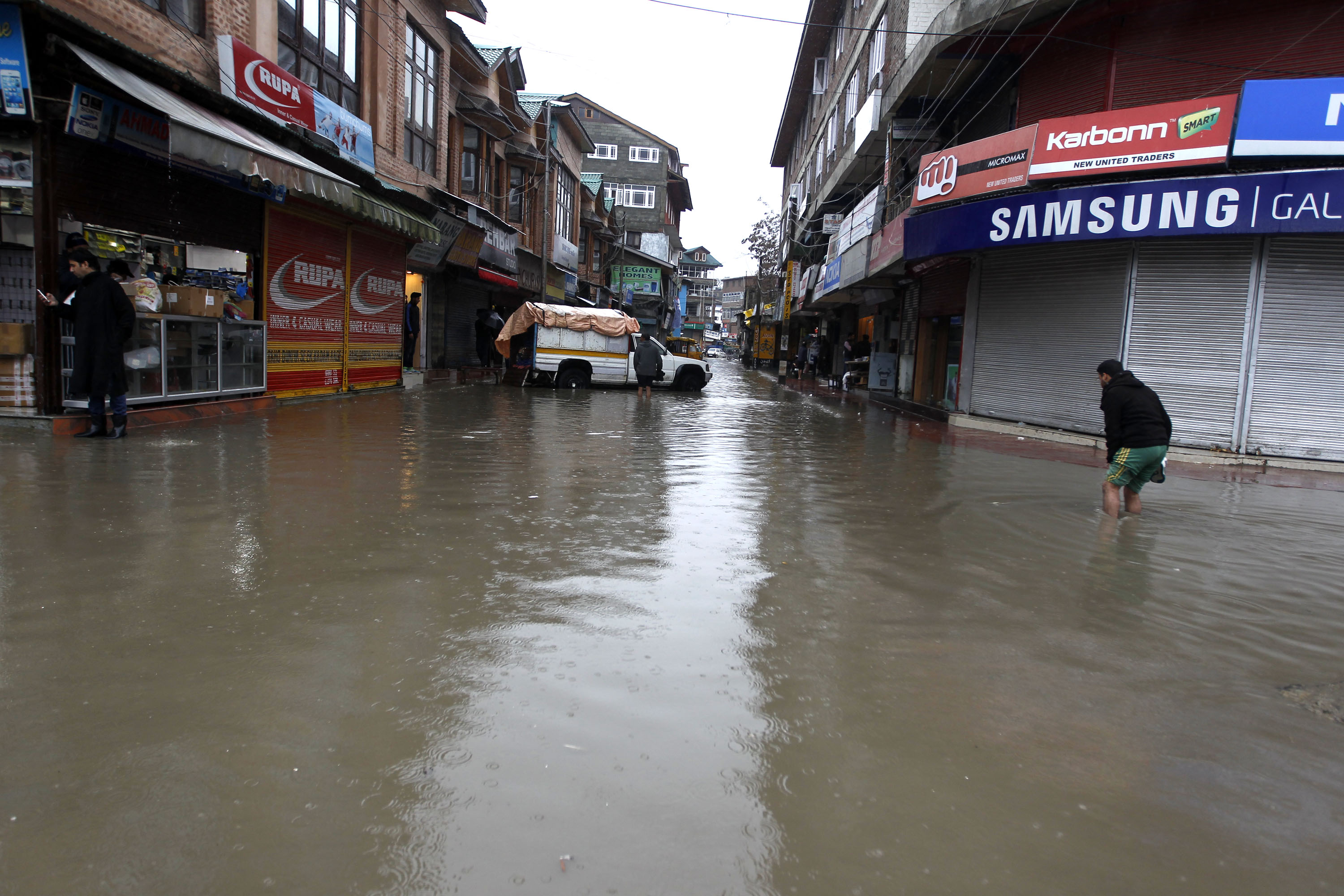 If the Jhelum spills, Srinagar is first in line to flood. [Al Jazeera]