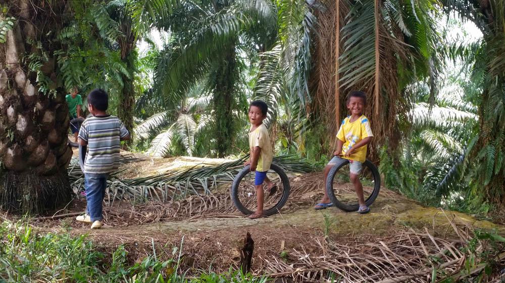 Malaysia S Invisible Children Immigration Al Jazeera