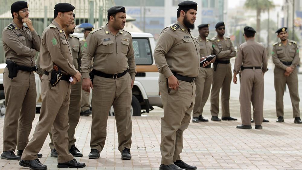 Saudi police 'foil Mecca Grand Mosque attack'