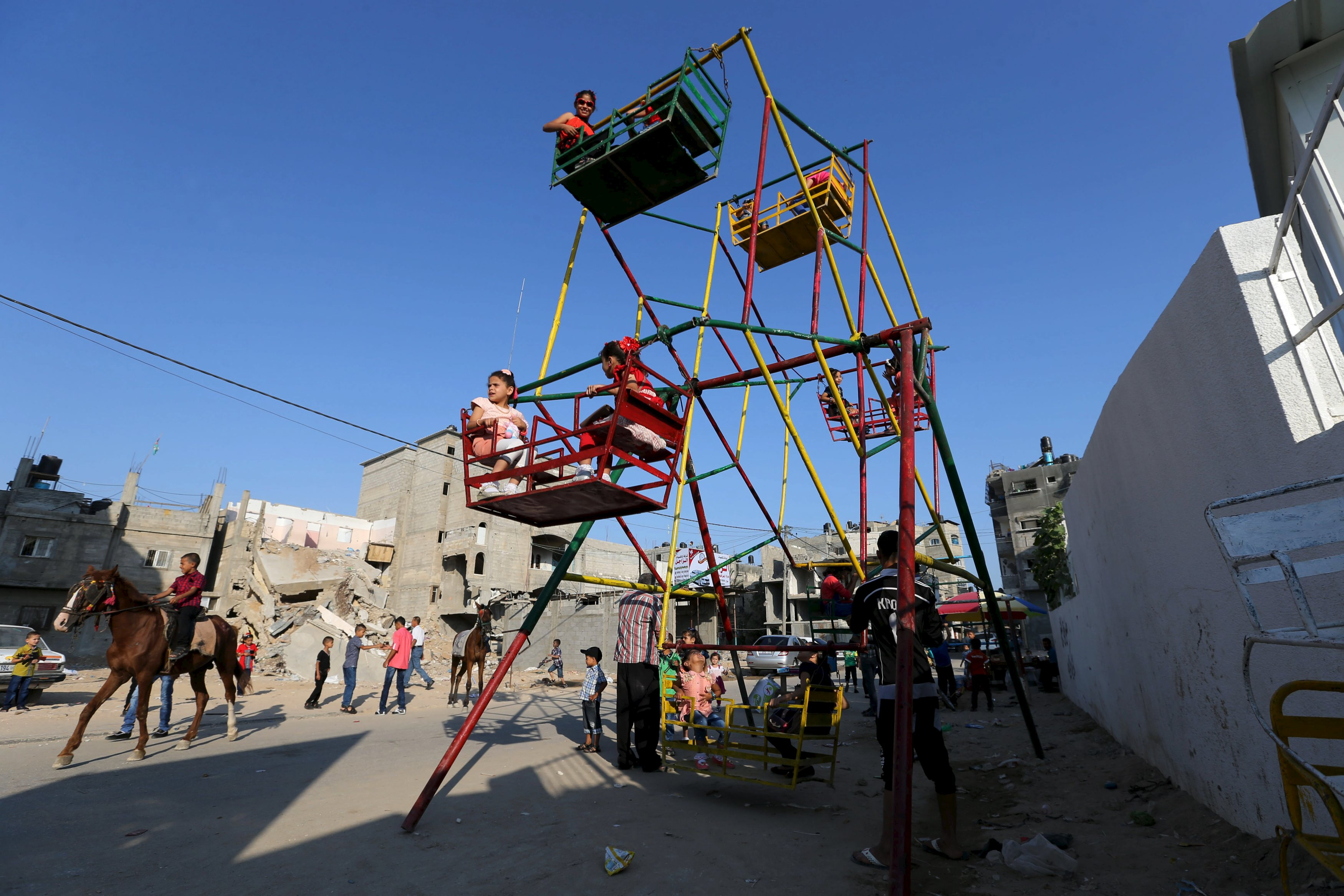 Popular Gaza Eid Al-Fitr 2018 - 7f6f52d5bc7d432fb14b1e1e53ef2746_6  Photograph_587385 .jpeg
