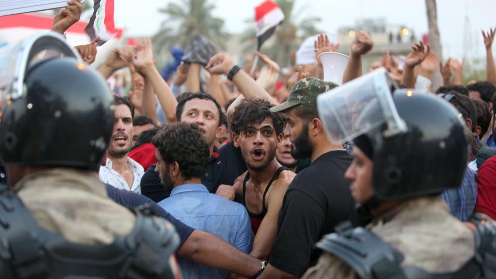 Iraq youth takes lead in anti-corruption protests - Al Jazeera English