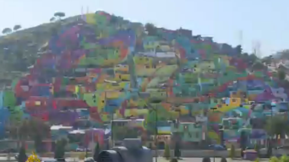Ex-gangsters turn district into Mexico's largest mural ...