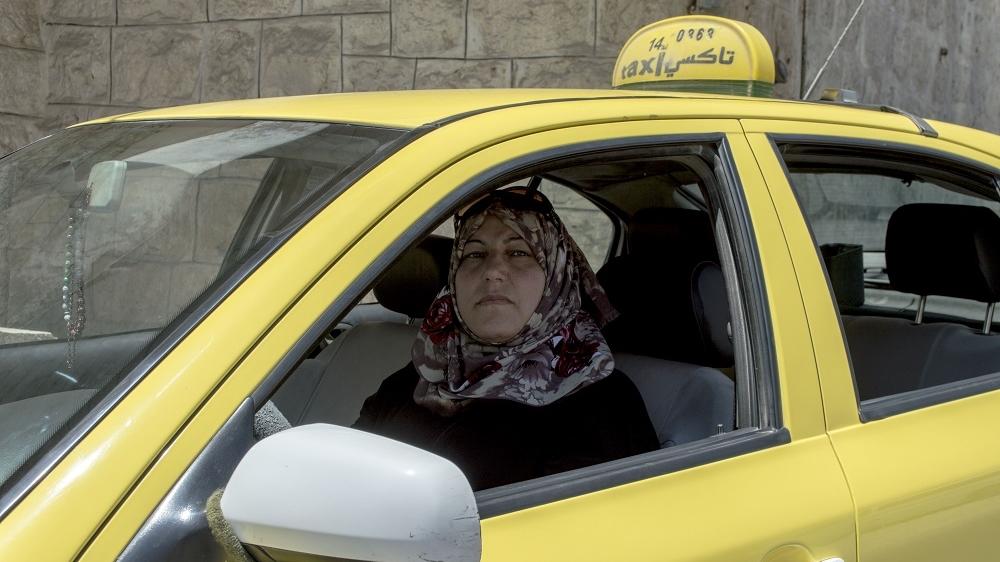 female taxi drivers near me