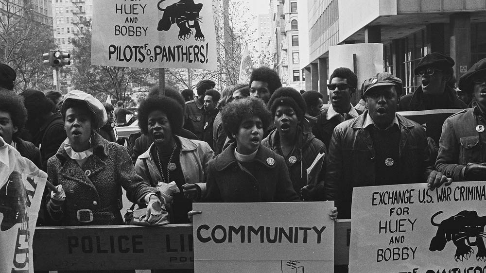 how mlk and the black panthers The black panthers: vanguard of the revolution is the first feature length documentary to explore the black panther party, its significance to the broader american culture, its cultural and political awakening for black people, and the painful lessons wrought when a movement derails.
