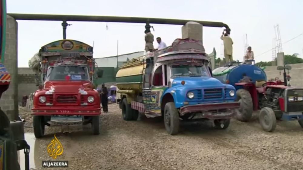 Karachi 'water mafia' sucking city's pipelines dry | News | Al Jazeera