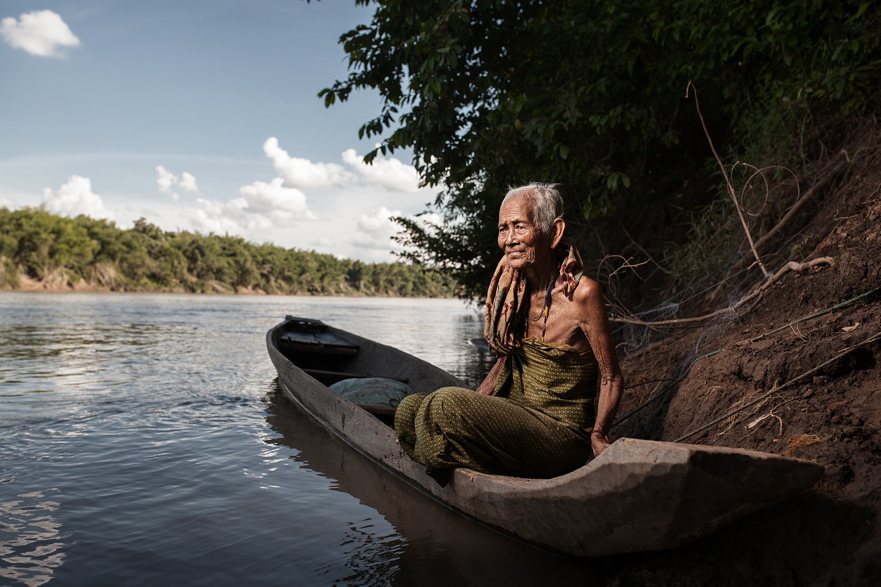 buddhist single women in leaf river In buddhism, kundika is one of  whoever offers a leaf, a flower,  aaru is a river that begins its journey from a hill and normally ends at the sea.