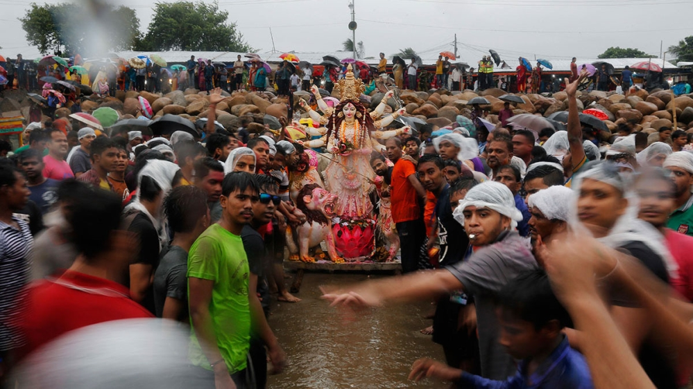 A photo round-up of some of last week's key events, from the death of Thai King to the Hindu festival of Durga Puja.