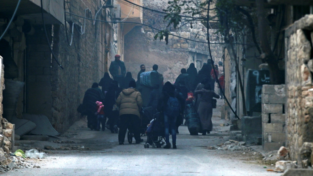 Aleppo evacuation suspended, leaving thousands trapped