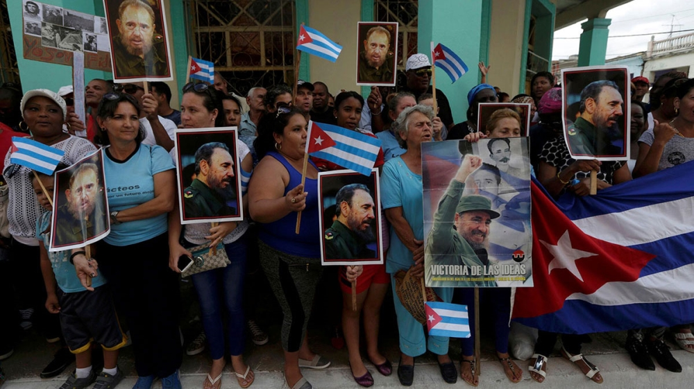 A photo round-up of some of the week's key events, from the death of Cuba's Fidel Castro to a Colombia air crash.