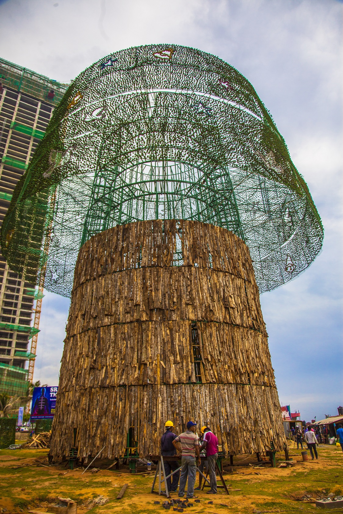 World's tallest Christmas tree unites Sri Lanka | Sri Lanka | Al ...