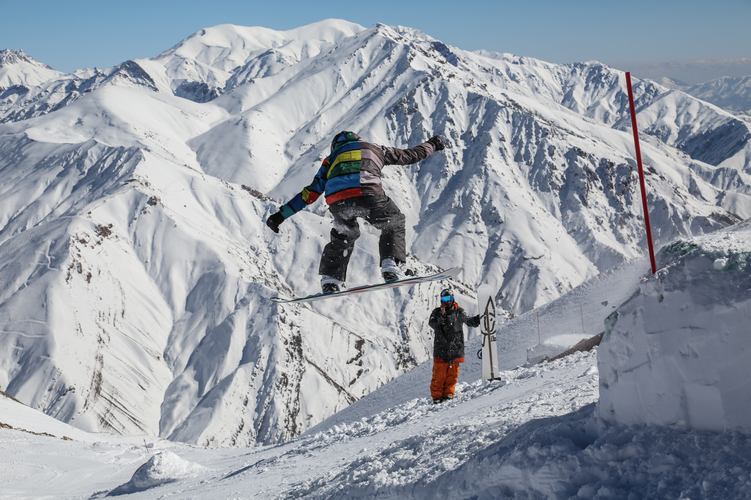 Skiing at Iran's 'gateway of the mountain' |