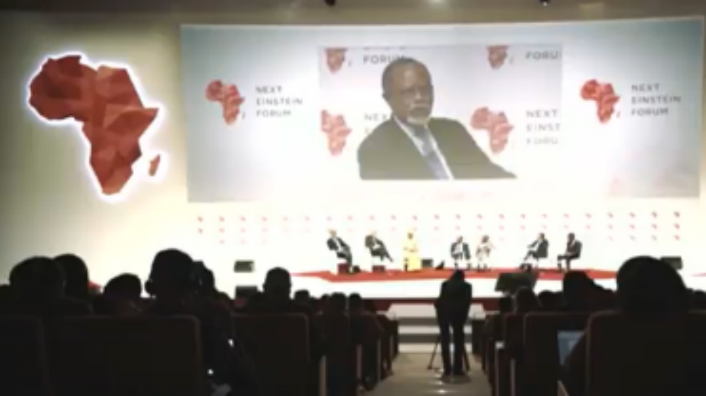 Top scientists, policymakers and entrepreneurs gather for landmark conference in Senegal to encourage research.