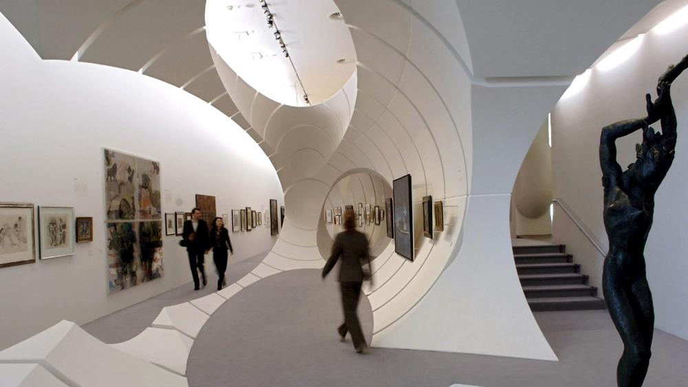 iraqi british architect zaha hadid dies at 65 iraq news al jazeera. Black Bedroom Furniture Sets. Home Design Ideas
