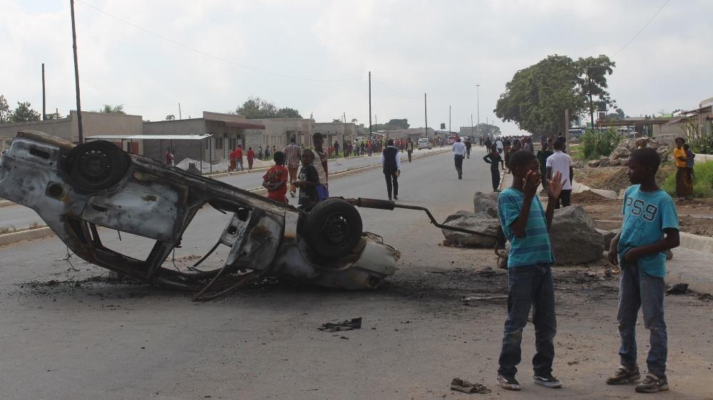 Homes and businesses owned by foreigners looted in Lusaka as refugees are blamed for recent killings.