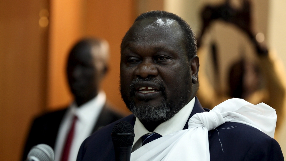 Government will not allow Riek Machar back until international monitors verify number of weapons troops are bringing.