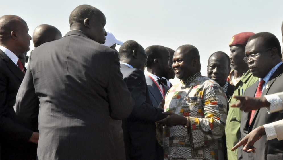 Swearing ceremony follows Machar's arrival in Juba after UN deal ended his 28-month conflict with President Salva Kiir.