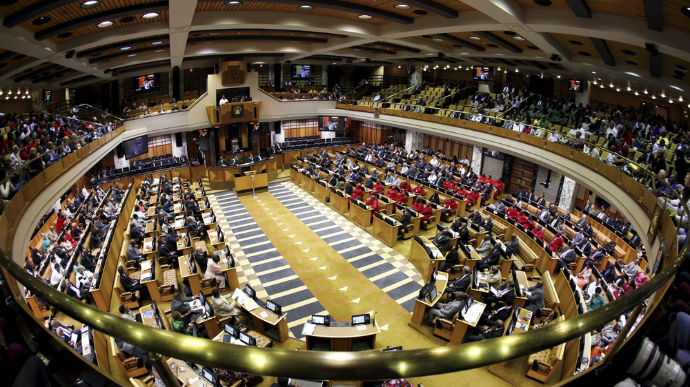 President had support of 233 lawmakers from ruling African National Congress while 143 voted in favour of impeachment.