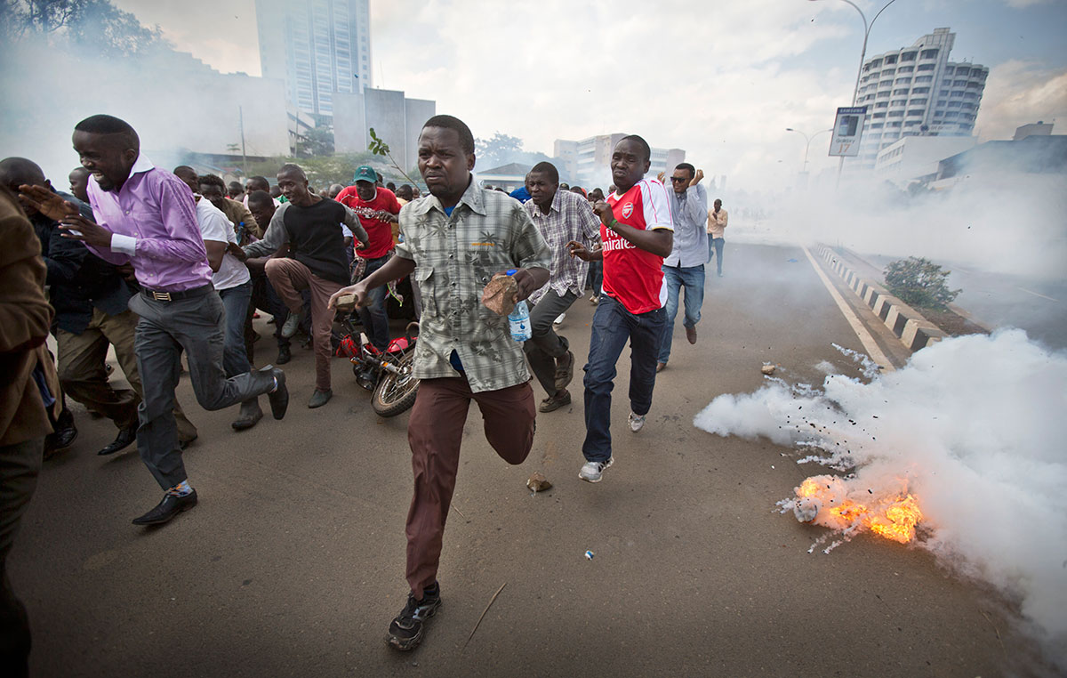 Image result for nairobi demonstrators throw stones