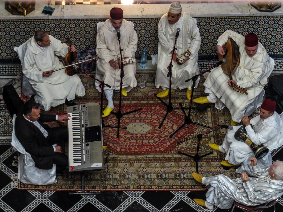 the tradition of arabic music The arab culture, originally, being one consisting of adherents of the abrahamic traditions, had a number of these customs, traditions and etiquettes in vogue, even before the advent of the prophet (peace be upon him.