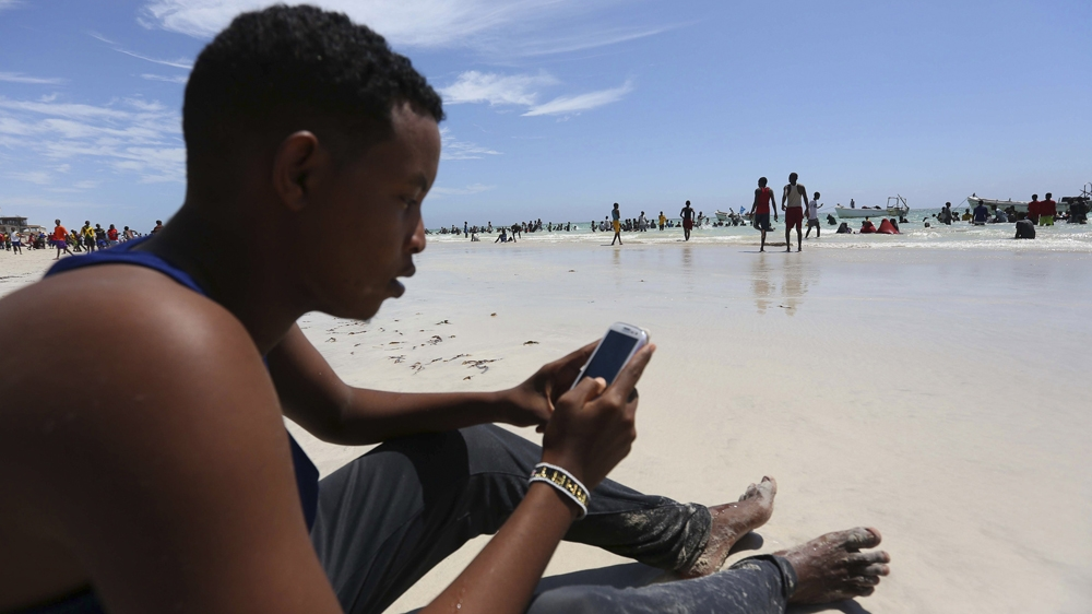 Social media activists depict the changing faces of Somalia and provide a glimpse of everyday life.