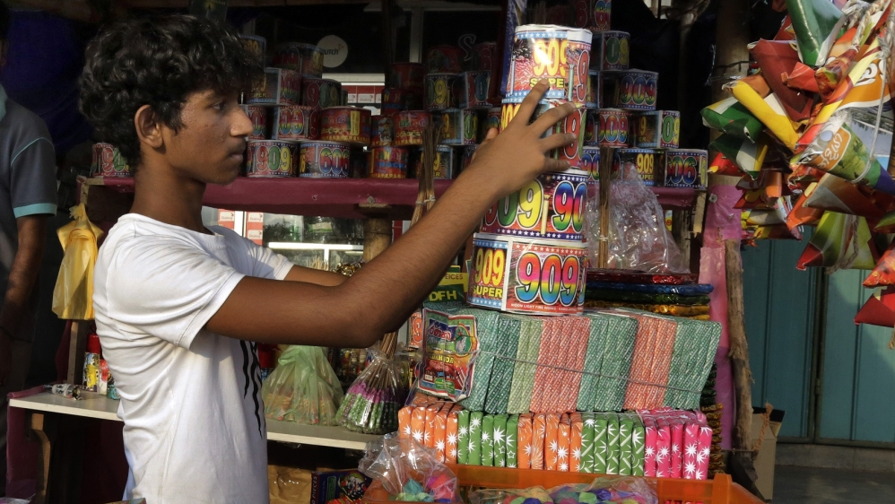 Playing with fire in Sri Lanka's fireworks village | Sri ...