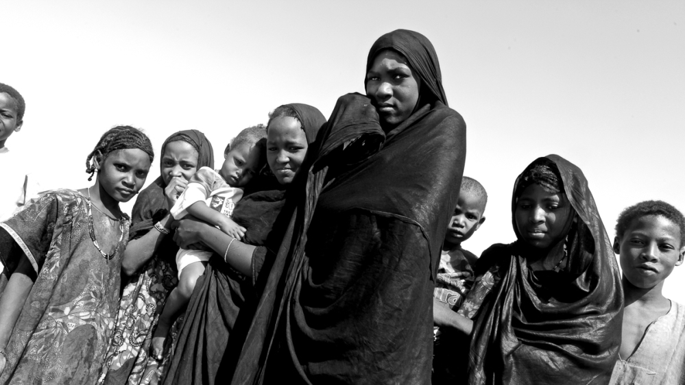 Along a route littered with dangers, Niger's peacekeepers visit Tuareg villages and remember lost colleagues.