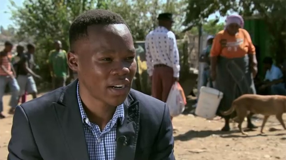 Three young people discuss inequality, disillusionment with the Rainbow Nation message, the ANC and student movements.