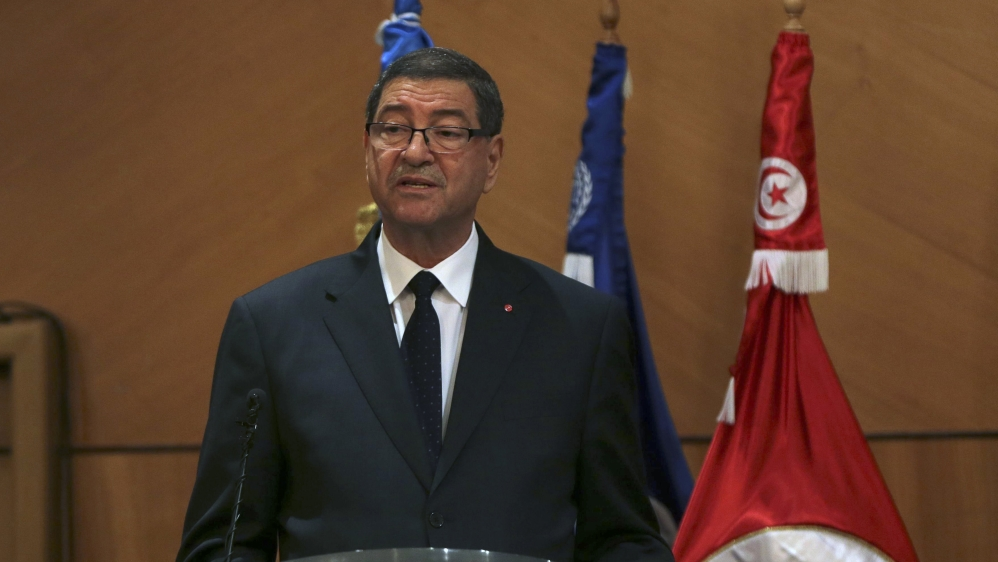 First vote of confidence in Tunisia's history is expected to unseat prime minister Habib Essid.