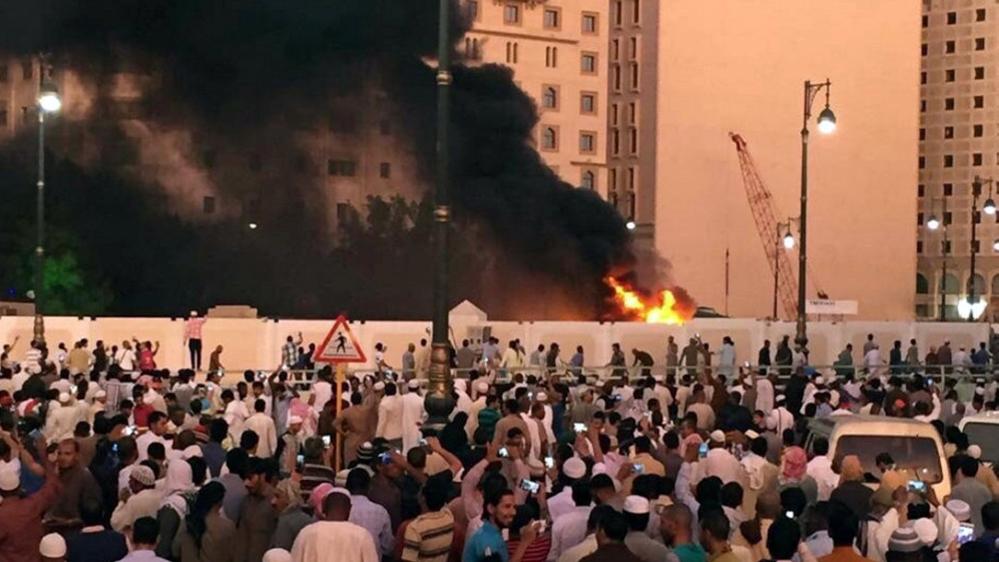 Saudi Arabia: Bombings target Medina and Qatif mosques