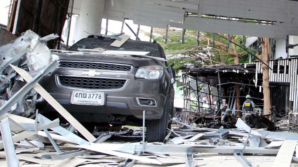 Blasts hit southern Thailand's Pattani, killing one