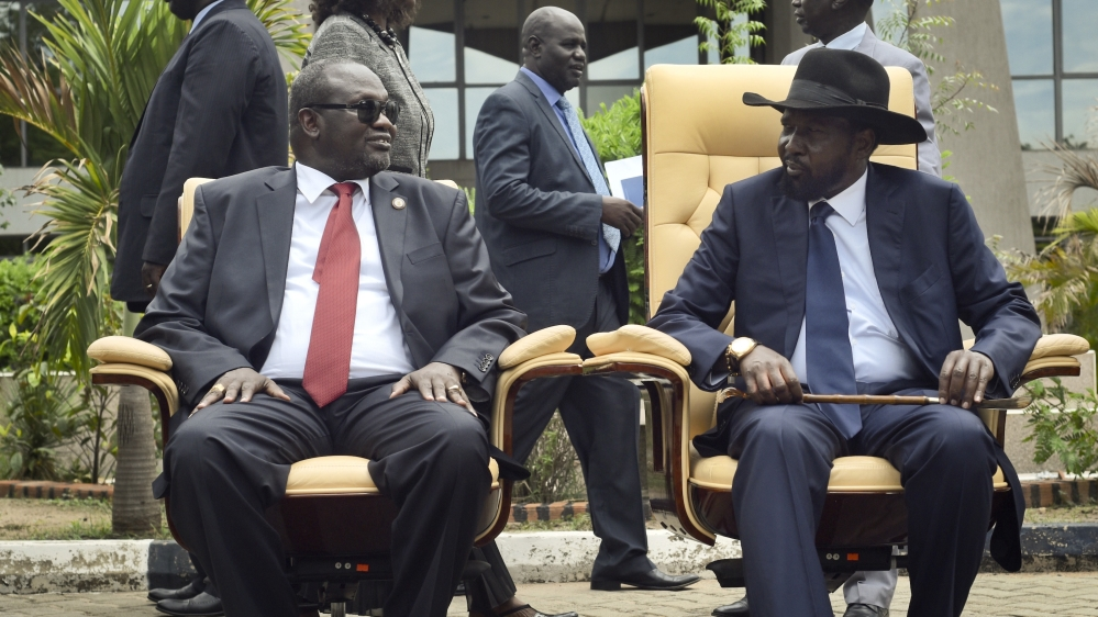 New report says President Salva Kiir, his rival Riek Machar and their allies have amassed great wealth amid conflict.