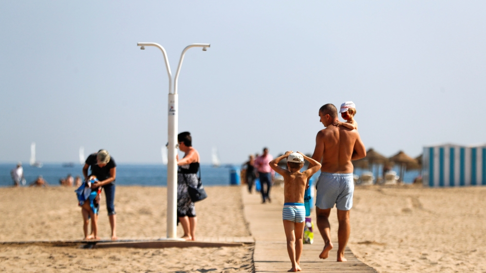 Heatwaves and 'hurricanes': Europe's outlook