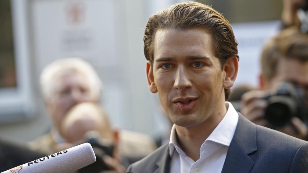 Austria elections: Sebastian Kurz's OVP 'leads' vote