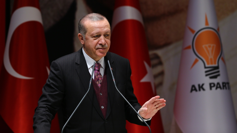 Erdogan slams US 'support for Kurdish YPG fighters'