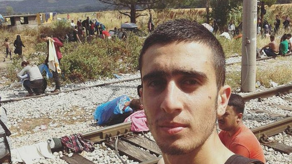 Facebook wins case against refugee in Merkel selfie